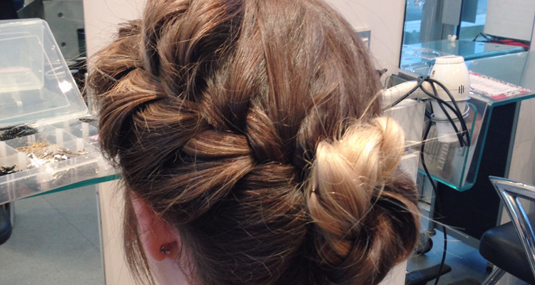 get-the-look-messy-braid-feature